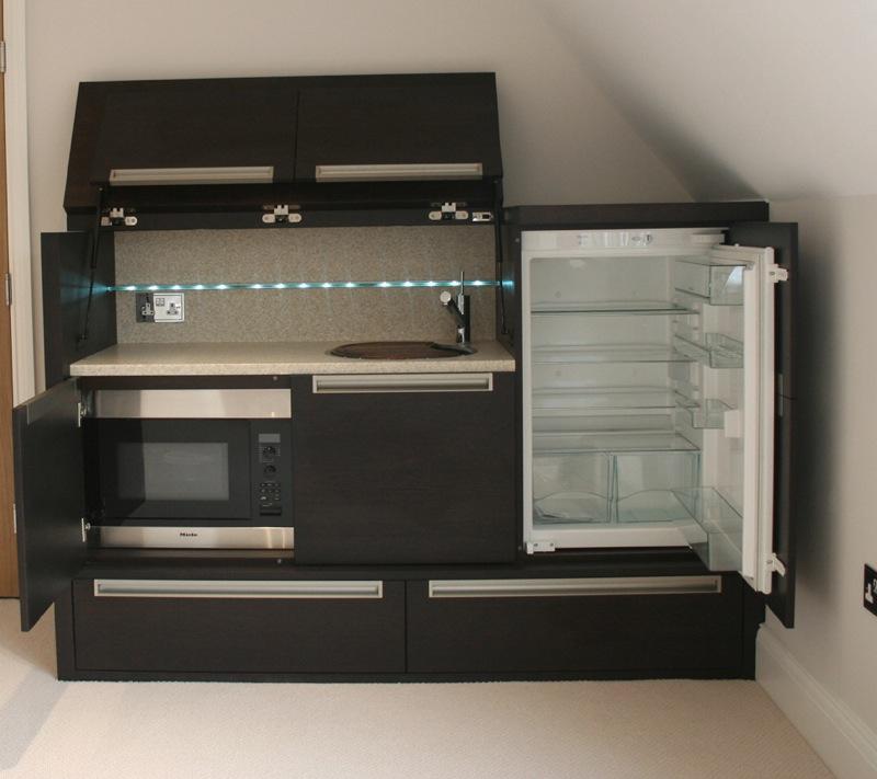 Мебель для экономии места на кухне. Встраиваемая кухонная техника
