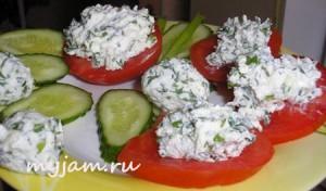 закуска с творожным сыром и зеленью