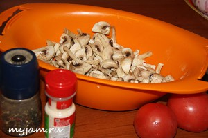резанные шампиньоны для салата