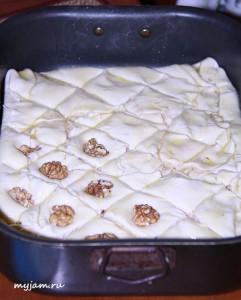 орехи на пахлаве