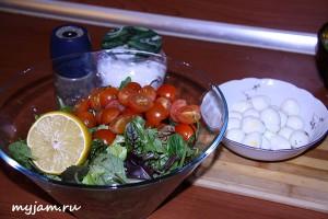 салат с руколой ингредиенты