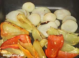 перец и лук в духовке
