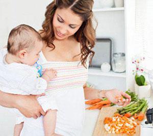 малыши на кухне