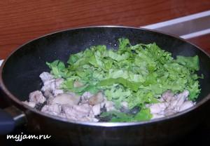 курица и салат