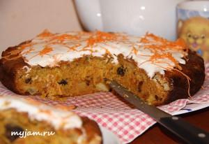 Морковный пирог в разрезе