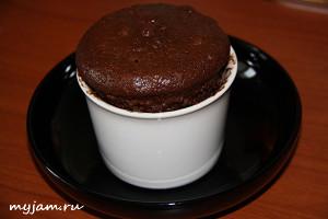 шоколадный кекс за 7 минут