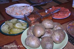 как испечь картофель в духовке