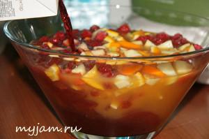 Фотография к рецепту безалкогольной сангрии