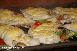Как приготовить сочное куриное филе в духовке