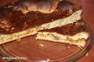 заливной пирог с тушеной капустой